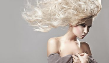 5 Tips to Make Your Curls Last Longer